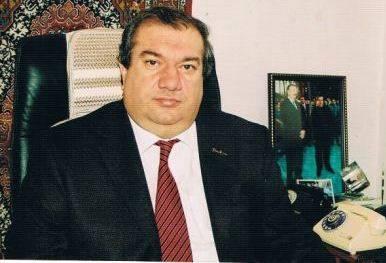 Yol polisi Aslan Aslanovun ayağından dartanların cavabını verdi