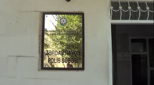 Zərdabda yol polis şöbəsinin rəisi iş adamını döyüb?