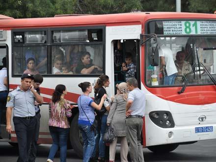 Image result for avtobusa qəpik ver