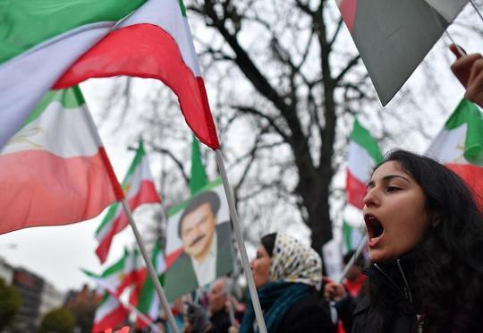 İrandakı xaosun qarşısını türklər alıb