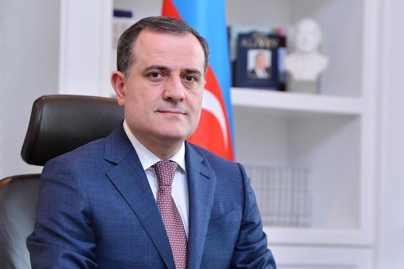 Ceyhun Bayramov bu liseyə yeni direktor təyin etdi