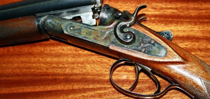 Qanunsuz silah gəzdirən 2 ovçu saxlanıldı