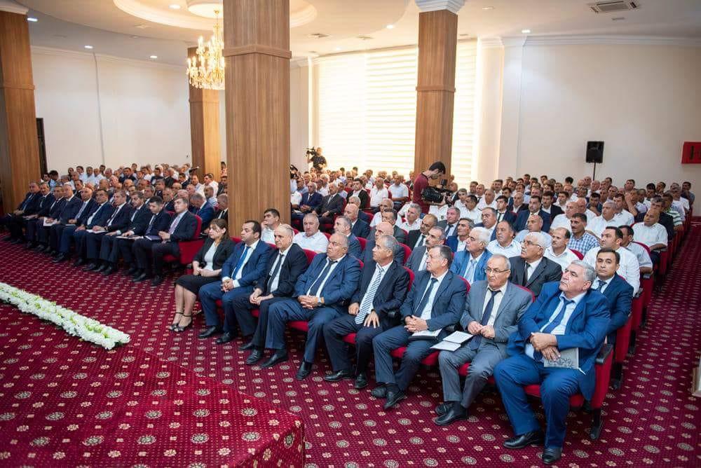 """""""Azərbaycanda aqrar sahə yeni inkişaf mərhələsinə qədəm qoyur"""" –Salyanda Nazir müşavirə keçirib"""