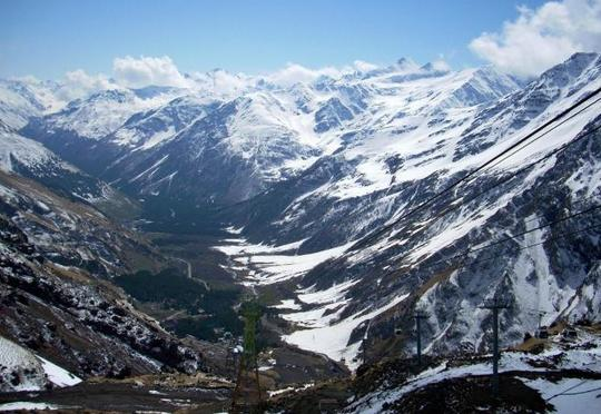 Elbrus dağında qadın alpinistin meyiti tapıldı - 31 il əvvəl ölüb