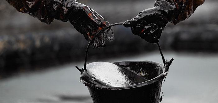 Azərbaycan nefti neçəyə satılır?