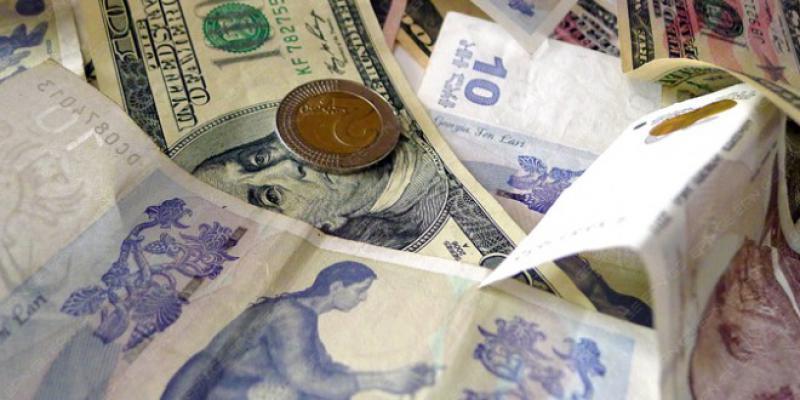 Dollar bahalaşdı***