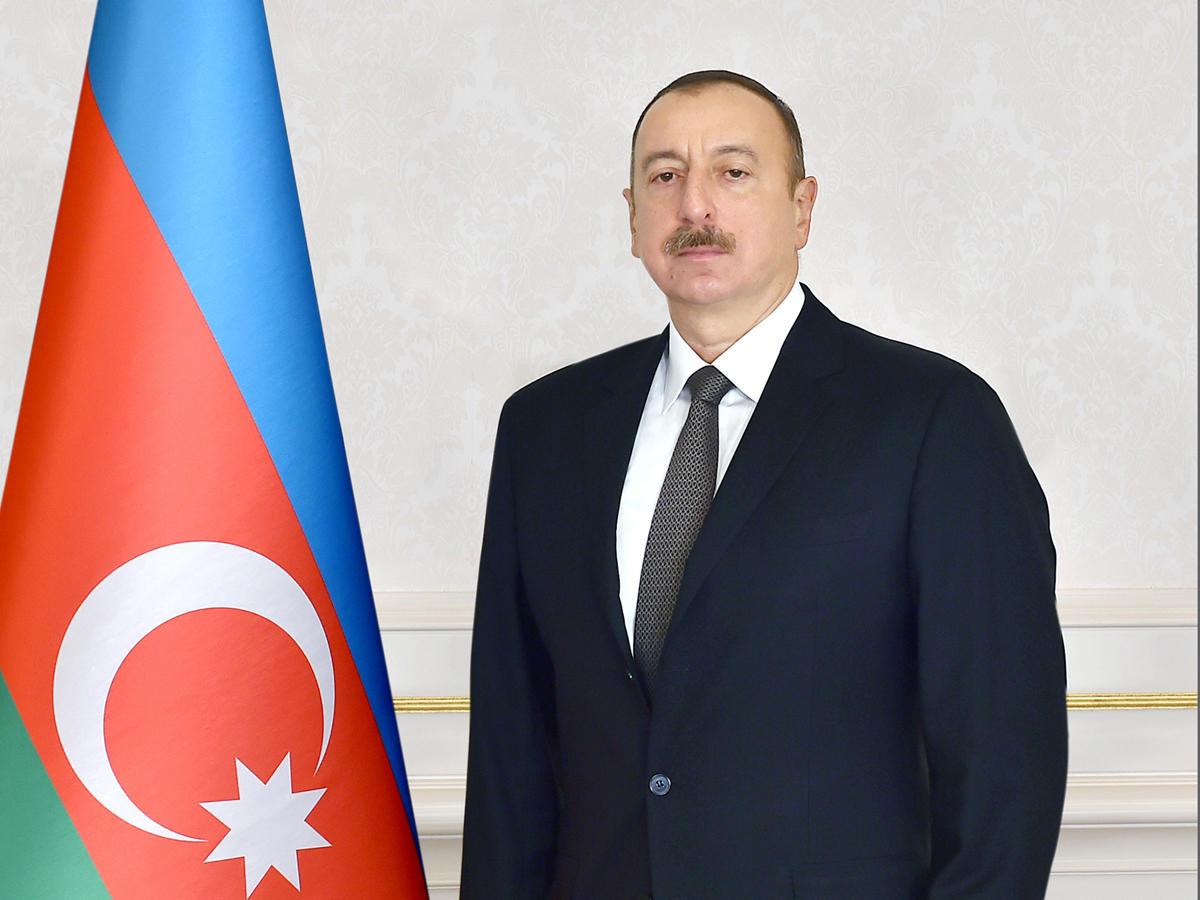 Azərbaycan Prezidenti müdafiə sənayesi işçilərini təltif edib