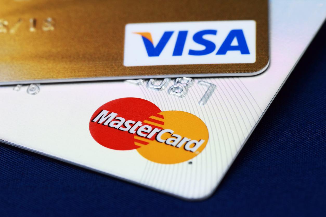 """Rusiya Mərkəzi Bankı """"Visa"""" və """"MasterCard""""ın söndürülməsi ilə bağlı xəbərdarlıq etdi"""