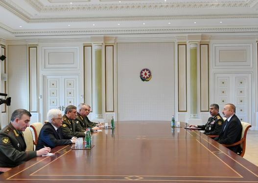 Prezident İlham Əliyev Valeri Gerasimovu qəbul edib