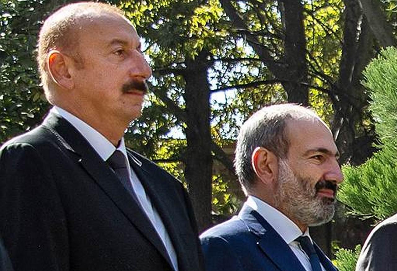 Əliyev və Paşinyan Qarabağ haqda yazdılar -Tvitter-də