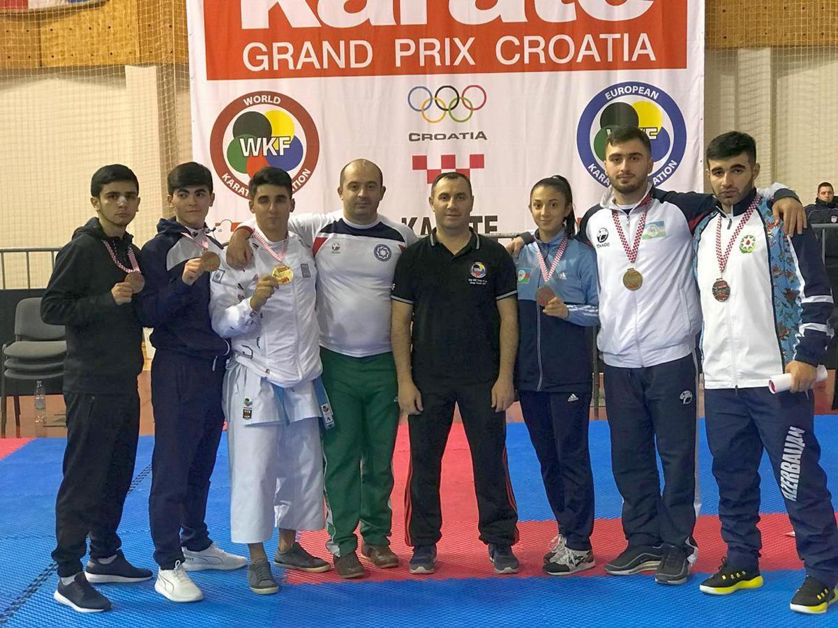 Karateçilərimiz Azərbaycana 10 medalla qayıdırlar