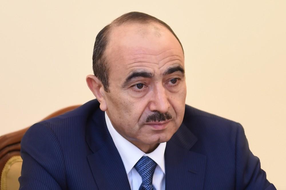 Müxalifətçilik missiyası və Azərbaycanın milli maraqları - Əli Həsənov