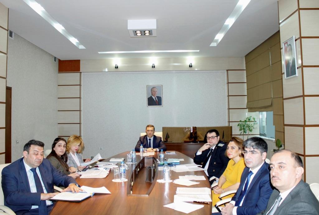 Dövlət qulluqçularının əməkhaqqının artırılması üçün qanun layihəsi hazırlandı