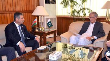 Zakir Həsənov Pakistanın müdafiə naziri ilə görüşdü