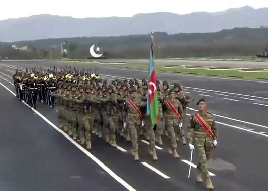 Azərbaycan hərbçiləri Pakistanda hərbi paradda -