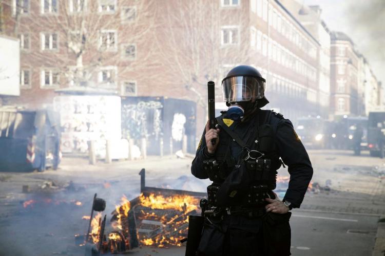Kopenhagen polisi 23 nəfəri həbs etdi