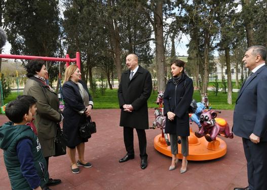 Prezident xanımı ilə Neftçilər parkında yaradılan şəraitlə tanış oldu -