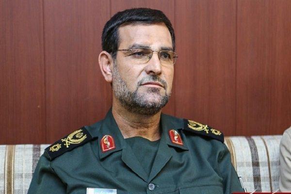 İran sanksiyalara görə Hörmüz boğazını bağlamaqla təhdid etdi