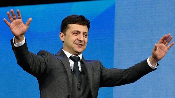 Zelenski rəsmən prezident seçildi