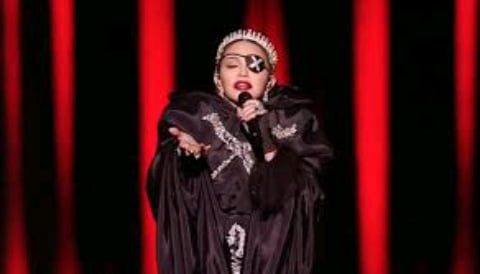 """""""Musiqi siyasət deyil"""" - Madonna"""