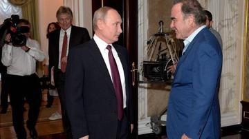 ABŞ-lı rejissor Putindən nə xahiş etdi?