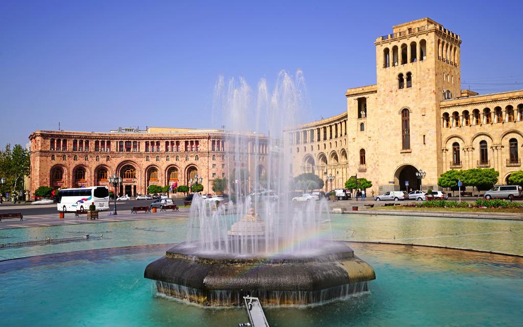 Ermənistan demoqrafik fəlakət astanasında -