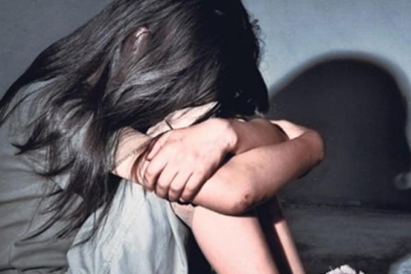 Döyülərək yol kənarına atılan 18 yaşlı qız xəstəxanada öldü