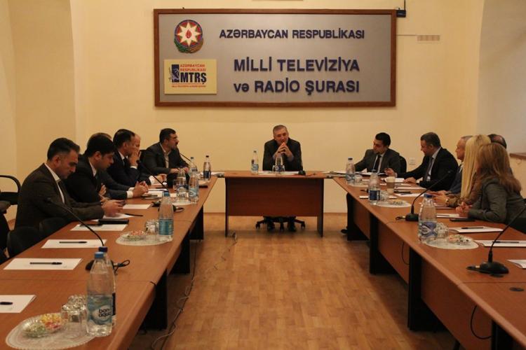 MTRŞ sədri TV rəhbərlərini bir araya topladı