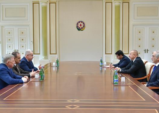 İlham Əliyev rusiyalı deputatları qəbul etdi
