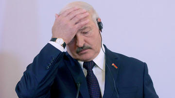 Lukaşenko yuxusuz qalmağının səbəbini açıqladı
