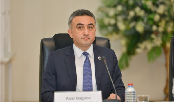 """Gündə 48 manat alan vəkillər: Kollegiya sədri """"yaxşı məbləğdir""""deyir"""