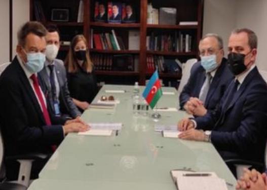 Ceyhun Bayramov Beynəlxalq Qırmızı Xaç Komitəsinin prezidenti ilə